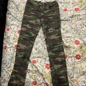 Cute camo skinny jeans
